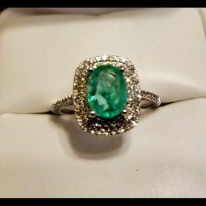 Jewelry - 14k W Gold .94ct Oval Emerald & Diamonds Ring s5.5